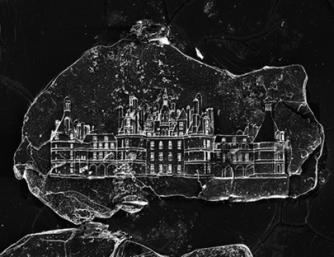 Extraordinary: Minuscule Castles Etched on Single Grains of Sand